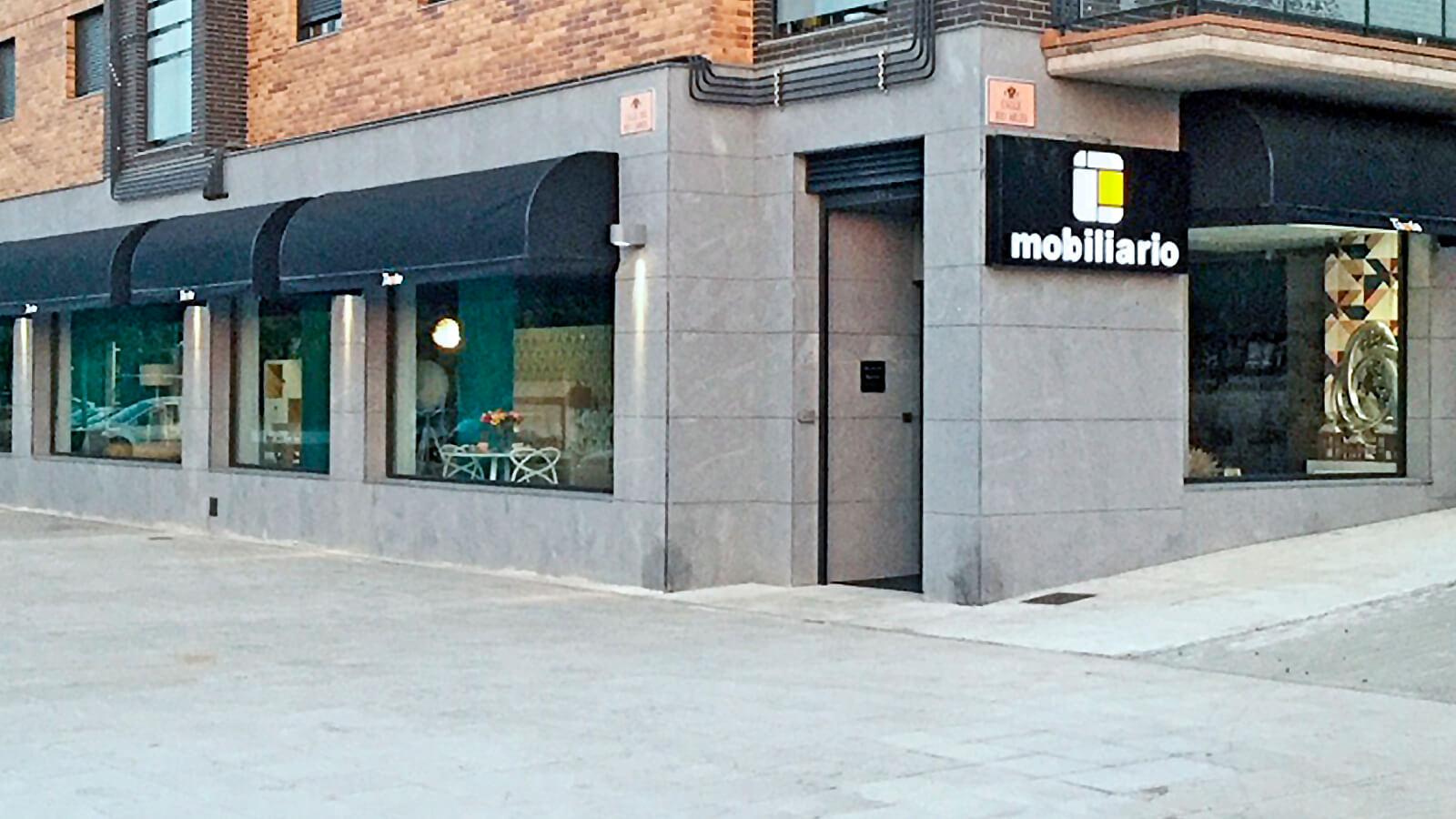 Muebles _Tante-Foto_Fachada_Exposicion-Toledo
